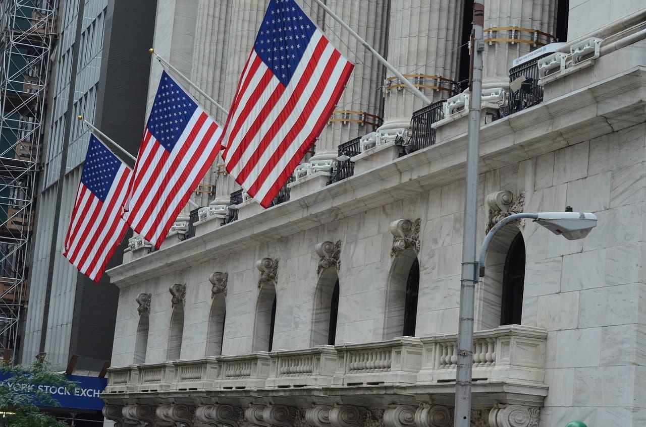 Calendar: Earnings of Bank of America, Netflix, eBay, Microsoft, Amex on queue
